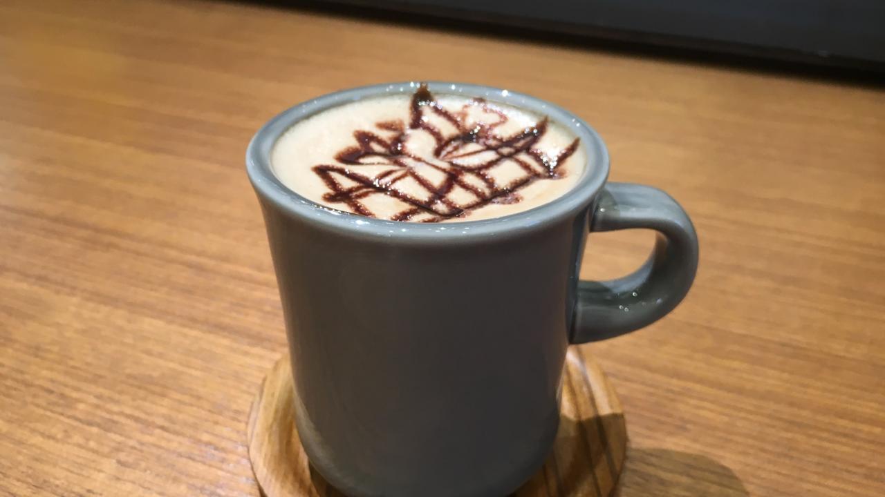 タウトナコーヒー赤レンガ店のカフェモカ