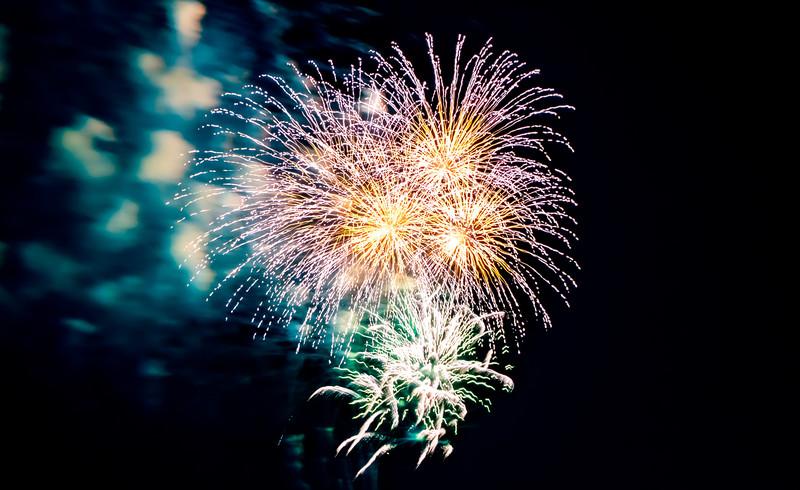 ぱくたそフリー素材写真の花火